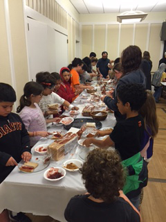 B3 School students prepare 275 lunches for the SF homeless.